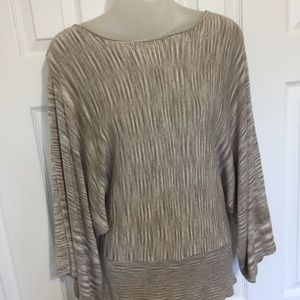 Chicos Size 1 Sweater Shirt Tan Batwing sleeves